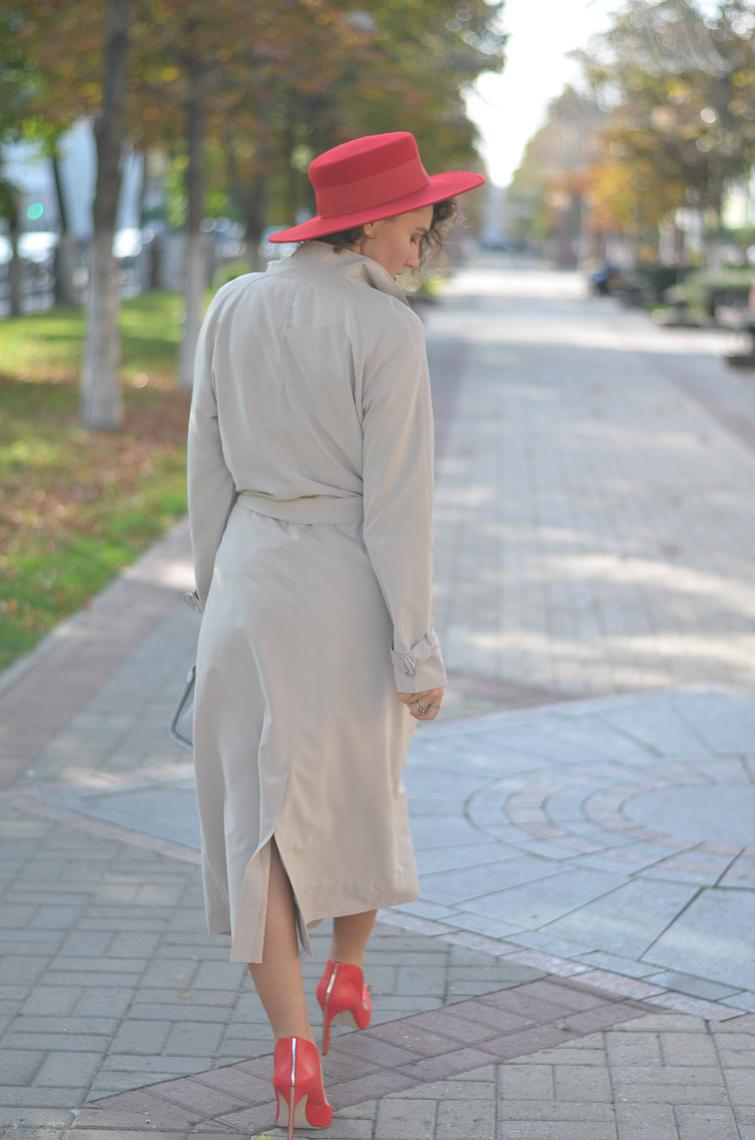 GILOCHKA-red-hat (10)