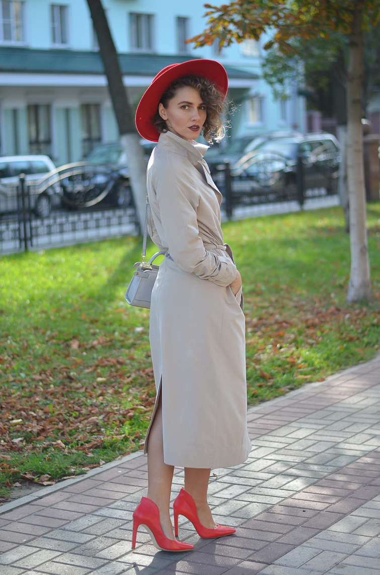 GILOCHKA-red-hat (2)