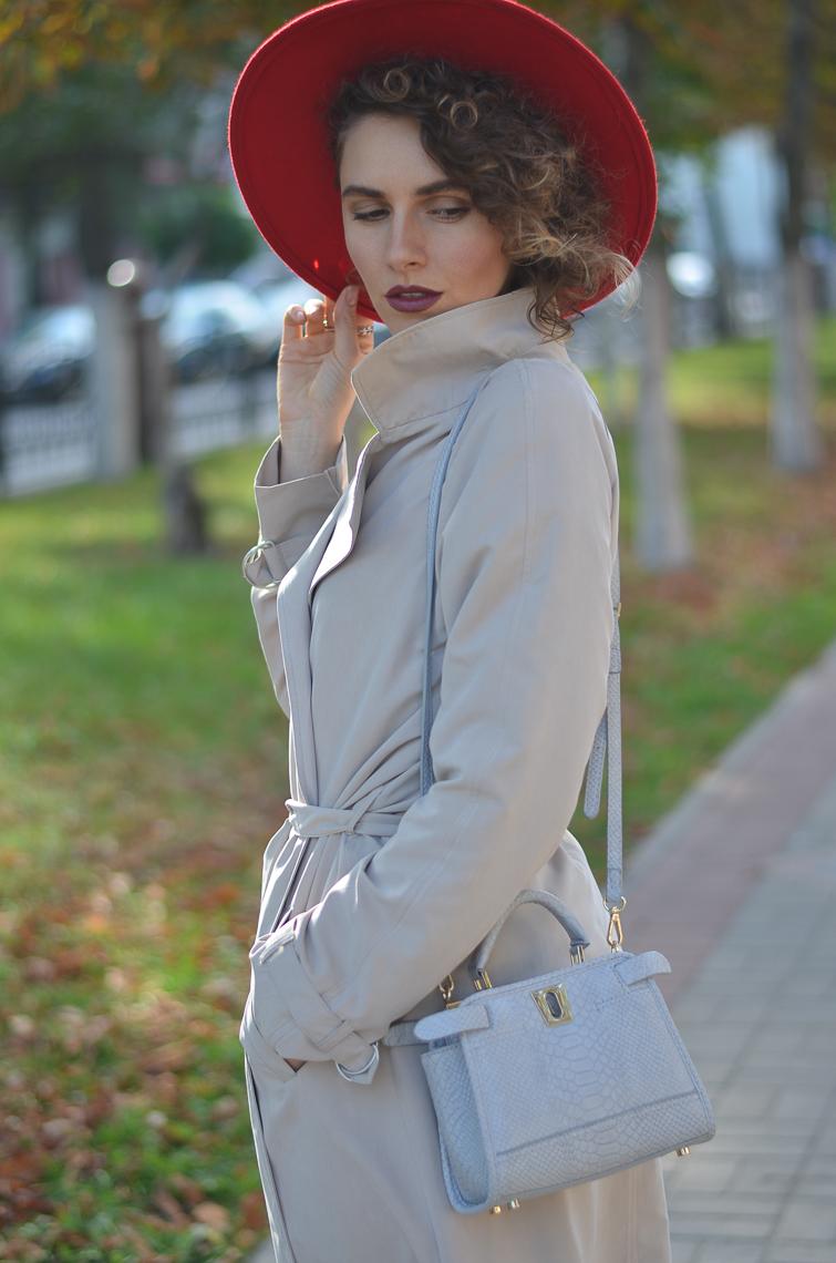 GILOCHKA-red-hat (6)