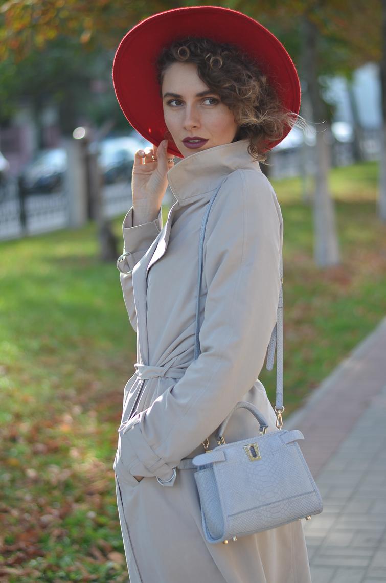 GILOCHKA-red-hat (7)