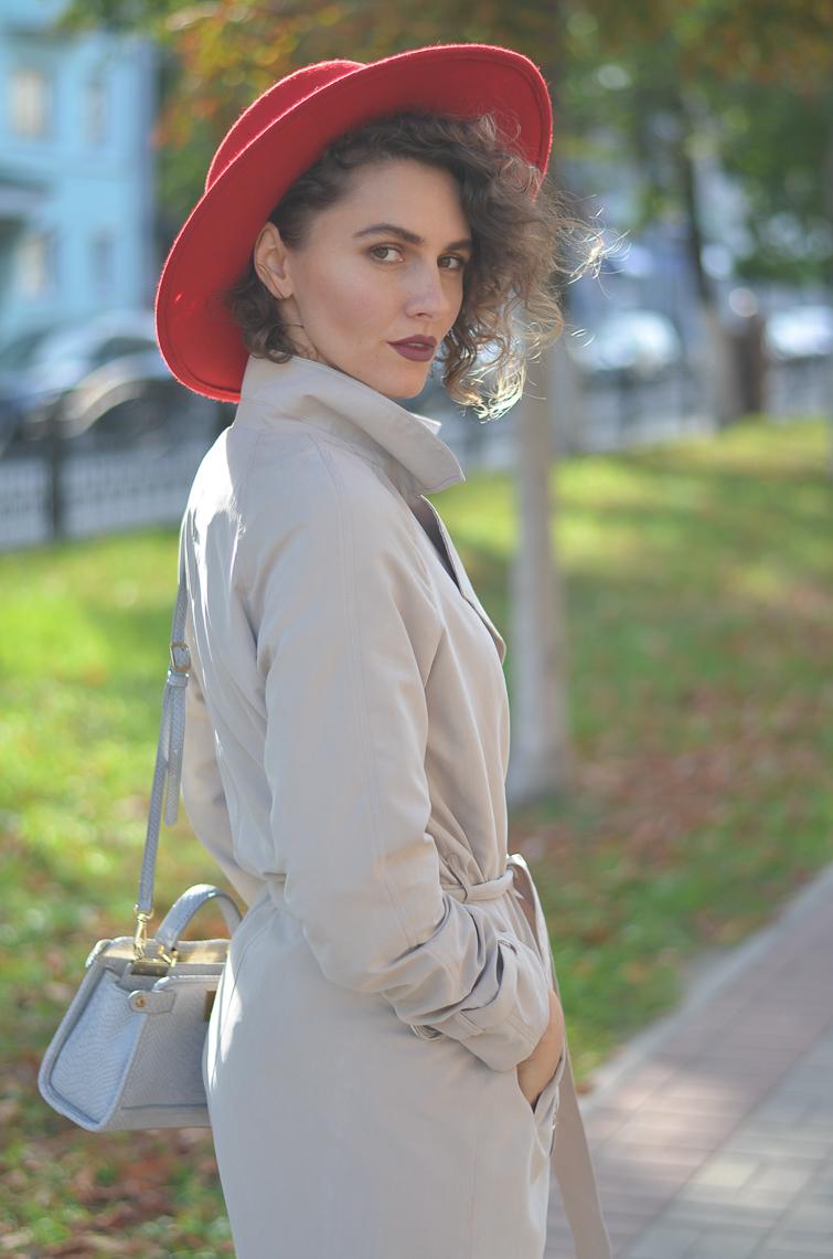 GILOCHKA-red-hat (8)